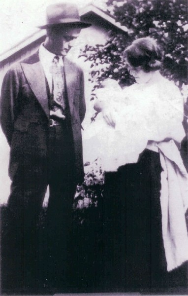 Basil and Helen (AYERS) EVANS