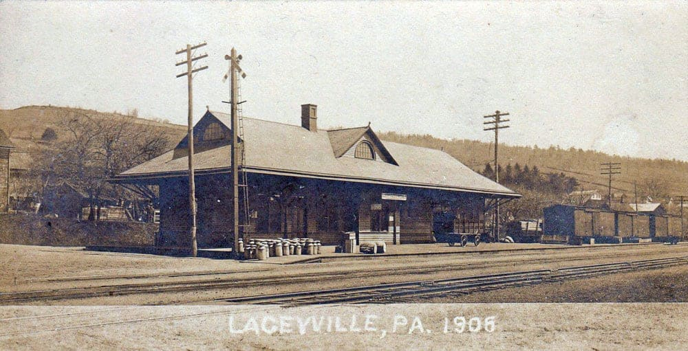 Laceyville railroad depot, c1906