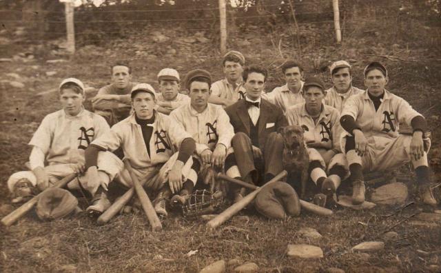 Nicholson 1910 Baseball team