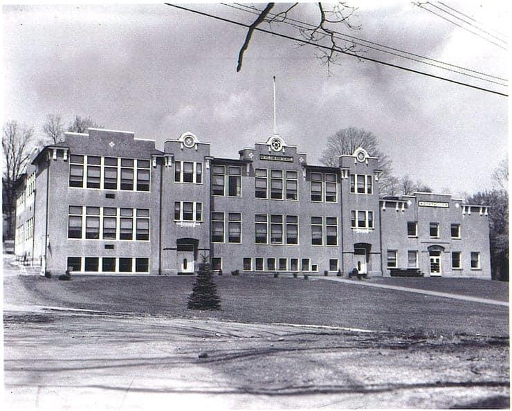 Nicholson grade school (Greg Palaskas)