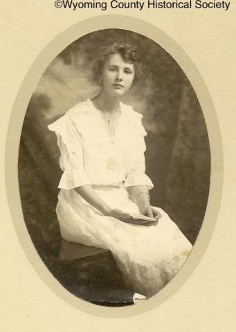 teed-studios-sayre-pac-1916-a-gift-to-lynola