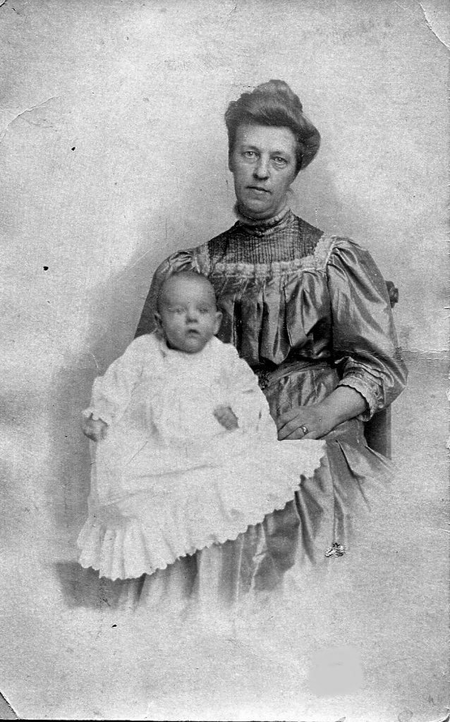 Frances Wetherbee Mathewson and son Kenneth Crawford Mathewson